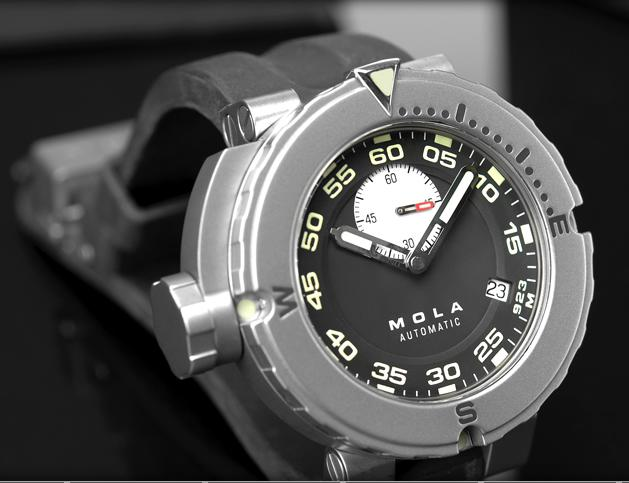 Mola Diving Watch